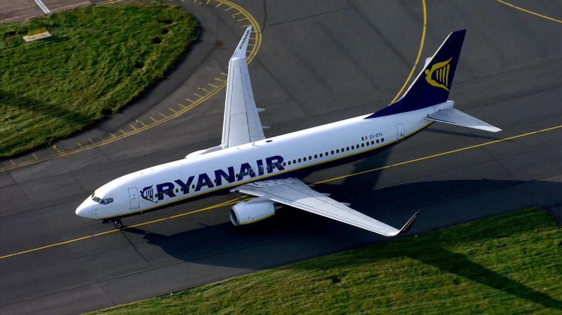 Ryanair оголосив розпродаж квитків на рейси зі Львова від 6 євро ... 84eb530aeb5b8