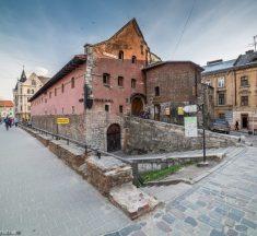 25 музеїв Львівщини відтепер можна відвідати онлайн